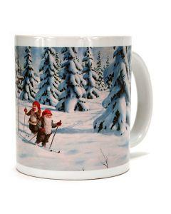 Snowy Tomte Skiers Mug